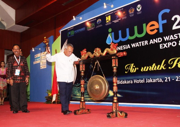 Menteri PUPR Membuka Indonesia Water and Wastewater Expo & Forum (IWWEF) 2015
